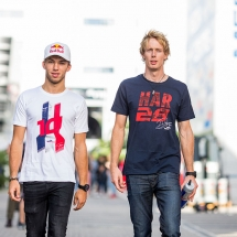 SOCHI, RUSSIA - SEPTEMBER 27:  Pierre Gasly of Scuderia Toro Rosso and France with Brendon Hartley of Scuderia Toro Rosso and New Zealand  during previews ahead of the Formula One Grand Prix of Russia at Sochi Autodrom on September 27, 2018  (Photo by Peter Fox/Getty Images) // Getty Images / Red Bull Content Pool  // AP-1X1FHZCJH1W11 // Usage for editorial use only // Please go to www.redbullcontentpool.com for further information. //