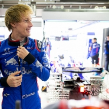 SUZUKA, JAPAN - OCTOBER 05: Brendon Hartley of New Zealand and Scuderia Toro Rosso prepares to drive in the garage during practice for the Formula One Grand Prix of Japan at Suzuka Circuit on October 5, 2018 in Suzuka.  (Photo by Peter Fox/Getty Images) // Getty Images / Red Bull Content Pool  // AP-1X3UZQNNN2511 // Usage for editorial use only // Please go to www.redbullcontentpool.com for further information. //