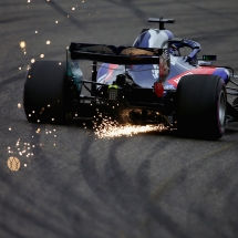 SHANGHAI, CHINA - APRIL 13:  Sparks fly behind Brendon Hartley of New Zealand driving the (28) Scuderia Toro Rosso STR13 Honda on track during practice for the Formula One Grand Prix of China at Shanghai International Circuit on April 13, 2018 in Shanghai, China.  (Photo by Charles Coates/Getty Images) // Getty Images / Red Bull Content Pool  // AP-1VBMXJ2BN2111 // Usage for editorial use only // Please go to www.redbullcontentpool.com for further information. //