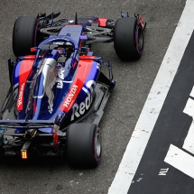 SHANGHAI, CHINA - APRIL 14: Brendon Hartley of New Zealand driving the (28) Scuderia Toro Rosso STR13 Honda on track during final practice for the Formula One Grand Prix of China at Shanghai International Circuit on April 14, 2018 in Shanghai, China.  (Photo by Charles Coates/Getty Images) // Getty Images / Red Bull Content Pool  // AP-1VBYMGRJW1W11 // Usage for editorial use only // Please go to www.redbullcontentpool.com for further information. //