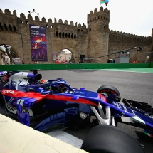BAKU, AZERBAIJAN - APRIL 27: Brendon Hartley of New Zealand driving the (28) Scuderia Toro Rosso STR13 Honda on track during practice for the Azerbaijan Formula One Grand Prix at Baku City Circuit on April 27, 2018 in Baku, Azerbaijan.  (Photo by Clive Mason/Getty Images) // Getty Images / Red Bull Content Pool  // AP-1VG5JHJSW2111 // Usage for editorial use only // Please go to www.redbullcontentpool.com for further information. //