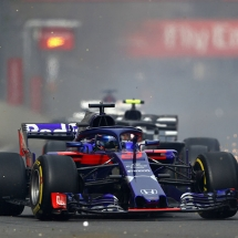 BAKU, AZERBAIJAN - APRIL 29: Brendon Hartley of New Zealand driving the (28) Scuderia Toro Rosso STR13 Honda on track during the Azerbaijan Formula One Grand Prix at Baku City Circuit on April 29, 2018 in Baku, Azerbaijan.  (Photo by Dan Istitene/Getty Images) // Getty Images / Red Bull Content Pool  // AP-1VGU3X3H52111 // Usage for editorial use only // Please go to www.redbullcontentpool.com for further information. //